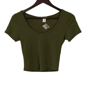 Bozzolo Olive Green Scoop Neck Crop Top Medium